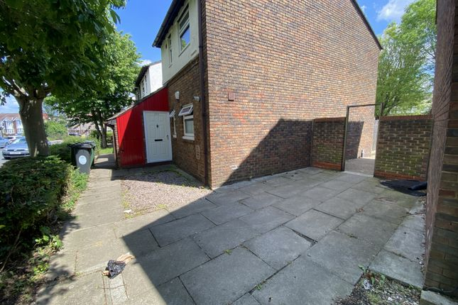 Flat for sale in Shernhall Street, London