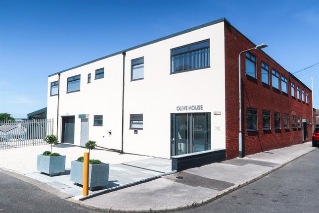 Office to let in Olive House, Blake Street, Mansfield Woodhouse, Notts