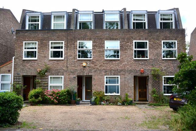 Thumbnail Terraced house for sale in Udney Park Road, Teddington