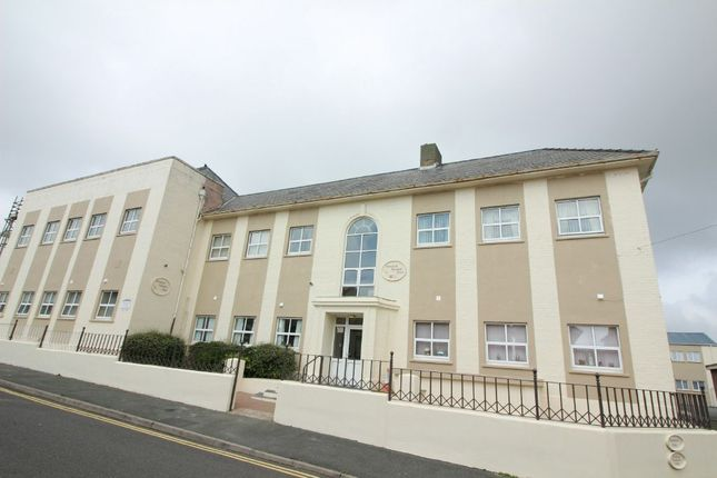 Thumbnail Maisonette to rent in 11 Elizabeth Venmore Court, Yorke St, Milford Haven