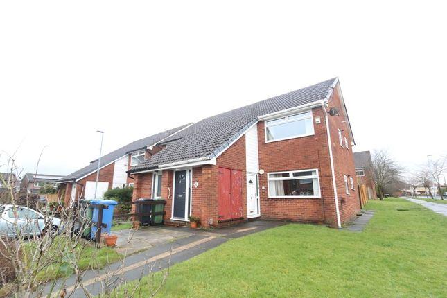 Thumbnail Flat to rent in Briardene, Denton, Manchester