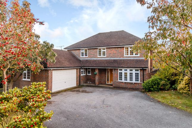 4 bed detached house for sale in Clare Park, Amersham