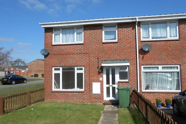 Thumbnail Terraced house to rent in Samphire Close, Witham