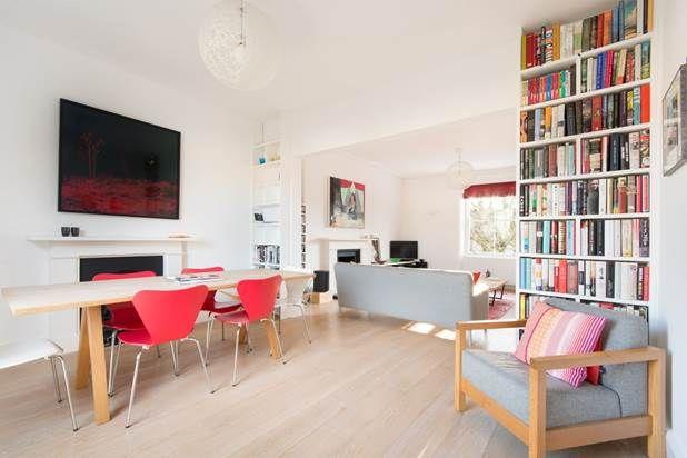 Flat to rent in Bassett Road, London