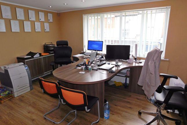Internal of 462A High Street, West Bromwich B70
