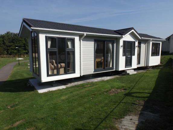 Mobile/park home for sale in Trevelgue, Porth, Newquay, Cornwall