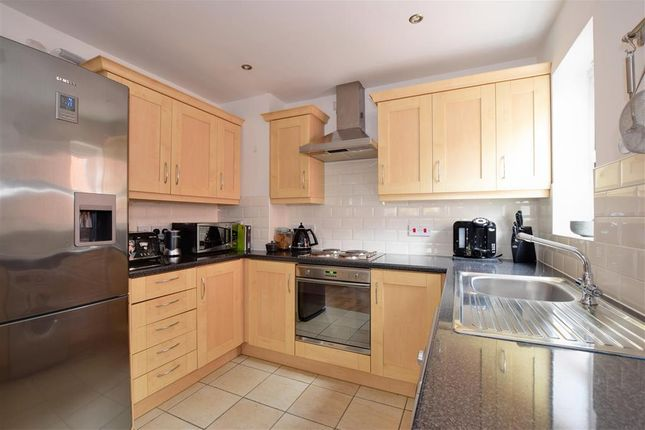 Thumbnail Flat for sale in Retreat Way, Chigwell, Essex