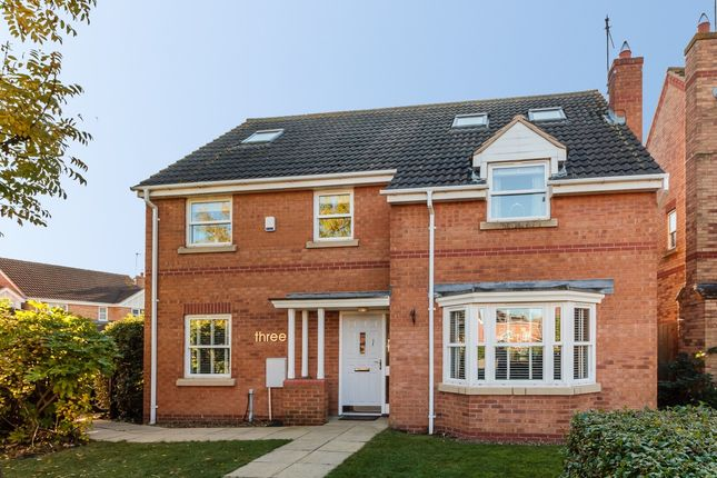 Thumbnail Detached house for sale in Ferndale, Peterborough, Cambridgeshire