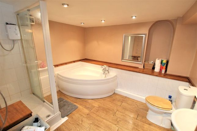 Bathroom of Beaumont Road, St Judes, Plymouth, Devon PL4