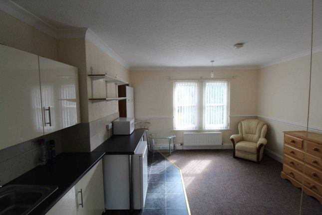Thumbnail Room to rent in Doddington Road, Lincoln