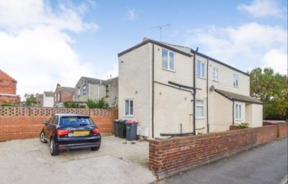 2 bed flat for sale in Cambridge Street, Rotherham S65