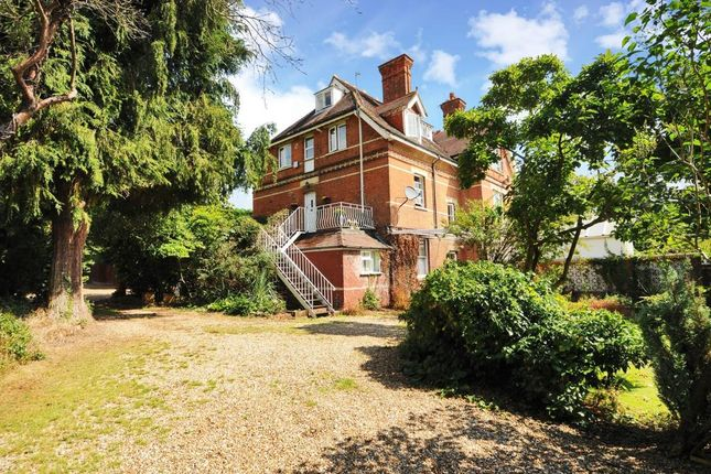 Flat for sale in Ascot, Berkshire