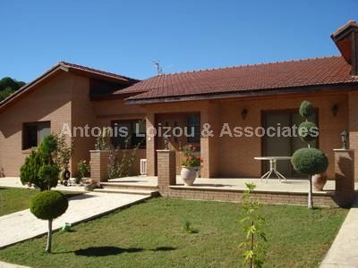 4 bed bungalow for sale in Moniatis, Cyprus