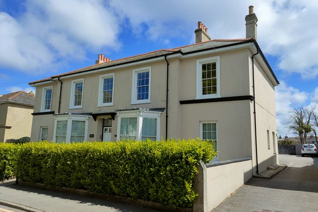 2 bed flat for sale in Basset Road, Camborne TR14