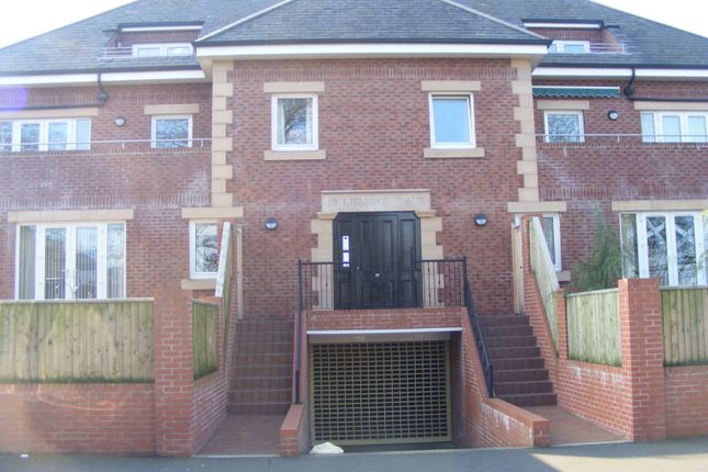 Thumbnail Flat to rent in Lismore Place, Carlisle, Cumbria