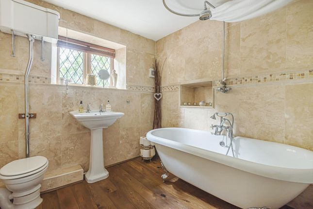 Family Bathroom of The Hollow, Washington, West Sussex RH20