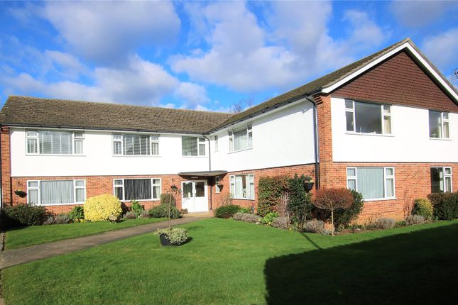 Thumbnail Flat for sale in Madeira Road, West Byfleet, Surrey