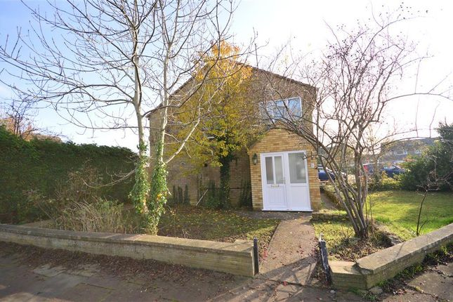 3 bed property to rent in Rufford Close, Barton Seagrave, Kettering NN15