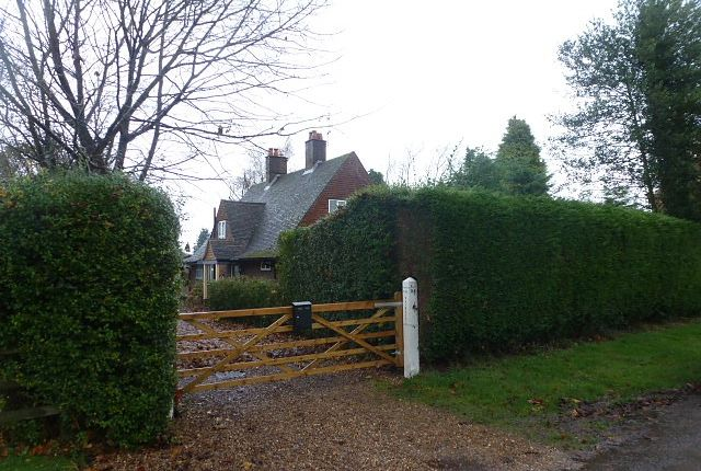 Thumbnail Detached house to rent in The Brambles, Green Lane, Lower Kingswood