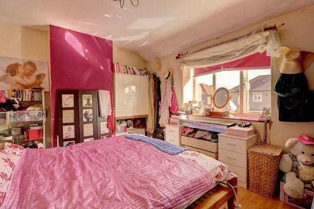 Bedroom 1 of Firhill Road, London SE6
