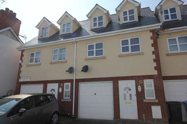 Thumbnail Mews house for sale in Llys Llengoedd, St. Asaph