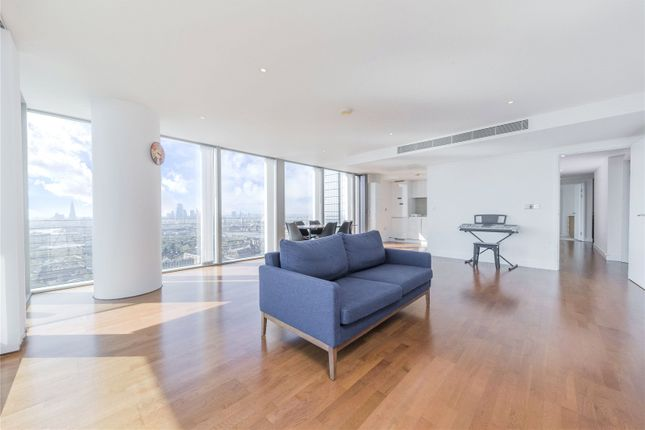 Thumbnail Flat for sale in Landmark East Tower, 24 Marsh Wall, London