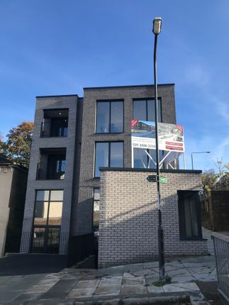 Thumbnail Commercial property to let in Brookhill Road, London