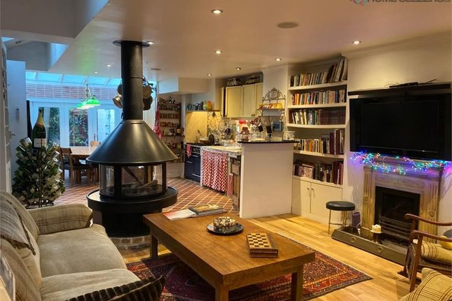 Thumbnail Terraced house for sale in Stephendale Road, London