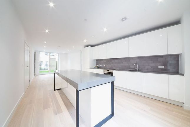 Thumbnail Terraced house to rent in Townhouse, Schooner Road, Royal Wharf