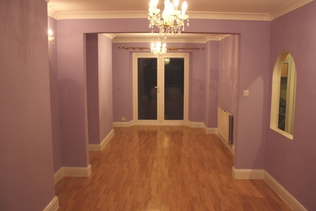 Thumbnail Terraced house to rent in The Chase, Edgware, Middlesex, UK