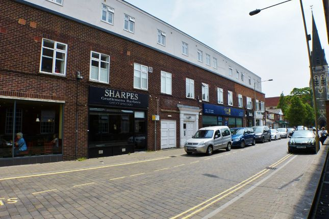 1 bed flat to rent in St. Thomas Road, Brentwood