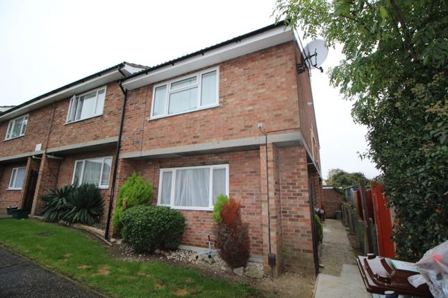 Thumbnail Property for sale in Howe Close, Colchester