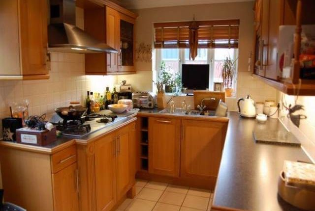 Thumbnail Property to rent in Pucknell's Close, Swanley, Kent