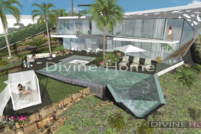 Thumbnail Villa for sale in Lagoa, Portugal