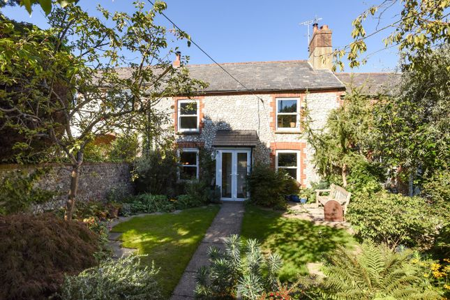 Thumbnail Terraced house for sale in North Street, Storrington