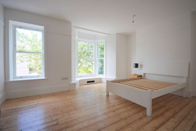 Thumbnail Property to rent in Gwydr Crescent, Uplands, Swansea