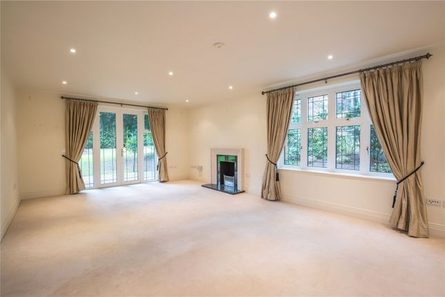 Thumbnail Flat for sale in Unwin Court, 1 Beaumont Close, London