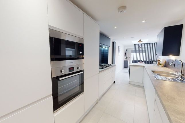 6 bed property to rent in Robert Street, Cathays, Cardiff CF24