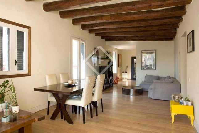 2 bed apartment for sale in Spain, Barcelona, Barcelona City, Old Town, Gótico, Lfs2673