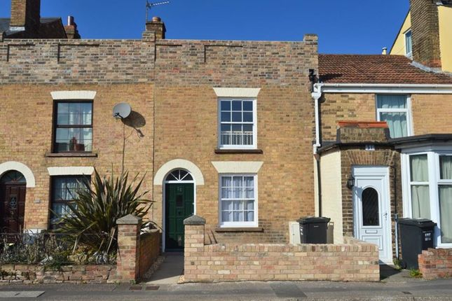 Thumbnail Terraced house to rent in Wood Street, Taunton, Somerset