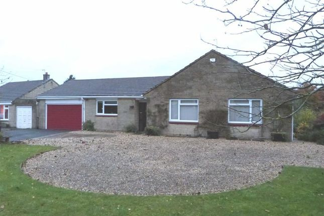Thumbnail Detached bungalow to rent in Pavenhill, Purton, Swindon