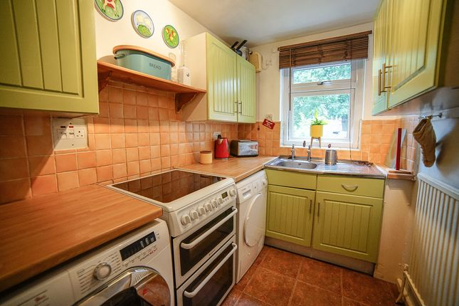 Kitchen 2 of Cottingley Crescent, Cottingley LS11