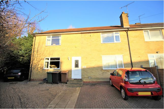 Thumbnail Semi-detached house for sale in Chace Avenue, Potters Bar