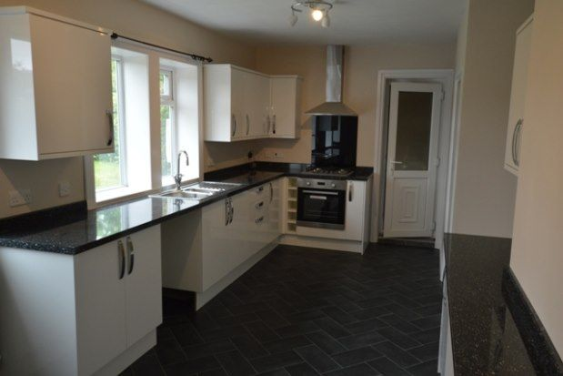 Thumbnail Semi-detached house to rent in North Street, Chesterfield