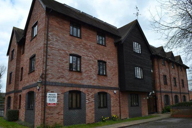 2 bed flat to rent in Town Mills, West Mills, Newbury