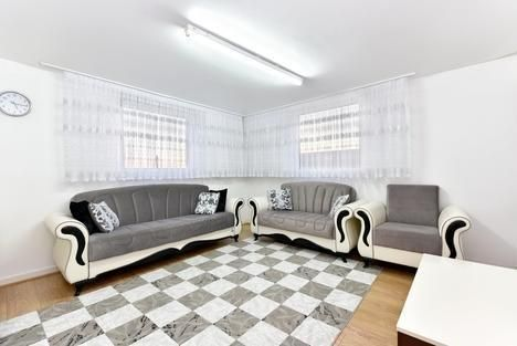 Thumbnail Flat for sale in South Mall, London