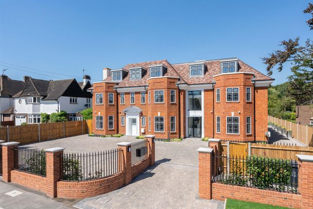 3 bed flat for sale in Coombe Lane West, Coombe, Kingston Upon Thames KT2