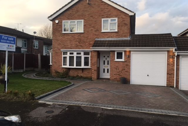 Thumbnail Link-detached house for sale in Cumberland Drive, Basildon, Essex