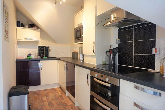 Thumbnail Flat to rent in High Street, Bristol