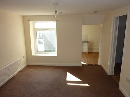 Thumbnail Flat to rent in Pant-Yr-Heol, Neath